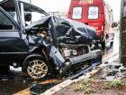 Médico bate Fiat Uno em poste na Euller de Azevedo