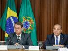 Onyx cai: Bolsonaro se afasta de olavistas e se cerca de militares