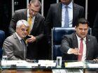 Senadores condenam apoio de Bolsonaro a manifestações em meio a coronavírus