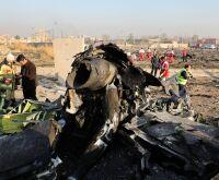 Avião ucraniano com 176 a bordo cai no Irã; não há sobreviventes