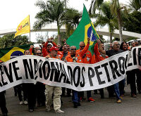 Caminhoneiros paralisam nessa segunda-feira apoiando a greve dos petroleiros