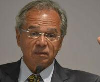 Época que dólar era R$ 1,80 até doméstica ia para Disney, diz Guedes