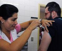 Influenza: municípios começam a retirar doses da vacina nos Núcleos Regionais de Saúde