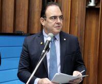 Deputado sugere que poderes doem R$ 1 milhão para ajudar famílias carentes