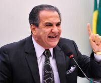 Silas Malafaia diz ser 'vergonha' proibir cultos