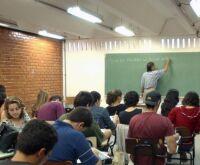 Pandemia muda calendários e férias de julho variam em escolas e universidades de MS