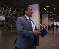 Wassef diz que ama Bolsonaro e não é o homem-bomba que vai implodir o governo