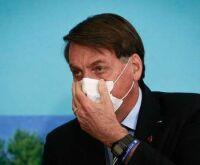 Bolsonaro veta uso obrigatório de máscaras em presídios