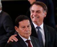 """Bolsonaro confirma sobre PL das fake news: """"não vai vingar"""""""