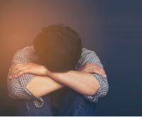 'Passei a odiar meus pais': o relato de um homem submetido à 'cura gay'
