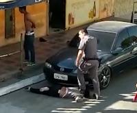 """Mulher negra pisada no pescoço por PM: """"Achei que iria ser morta"""""""