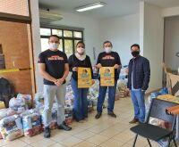Após doar R$ 4,5 mil em máscaras à Hospital, Pata da Onça doa cestas em MS