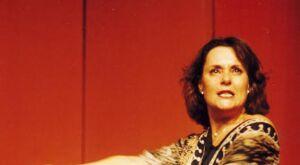 Campo Grande recebe o monólogo AMADAS com Elizabeth Savala