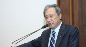 Takimoto pede serenidade e diz: Brasil precisa se unir contra a crise