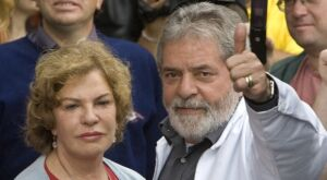 Advogado de Lula depõe a Moro e diz que Marisa Letícia tratava de aluguel