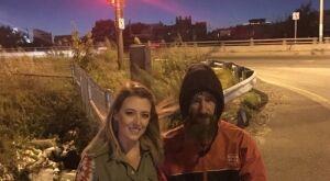 Morador de rua ajuda casal sem combustível; deu 20 dolares e recebeu meio milhão