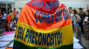 Mortes por homofobia cresce no Brasil, aponta levantamento