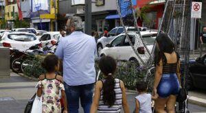 Confira o 'abre e fecha' nos dias de Carnaval e Cinzas na Capital