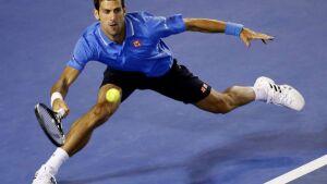 Djokovic vence com sobras e chega às quartas sem perder sets