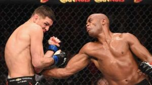 De volta ao UFC, Anderson Silva vence
