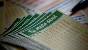 Mega-Sena acumulada pode pagar R$ 12 milhões hoje
