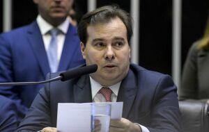 Maia cobra Bolsonaro, governo precisa