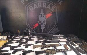Grupo de policiais civis e militares são suspeitos de comandar esquema de milícia na Capital