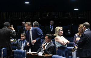 Projeto em votação dá ao acusado de corrupção advogado pago com dinheiro público
