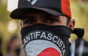 Crescem por todos os lados iniciativas de brasileiros contra Bolsonaro