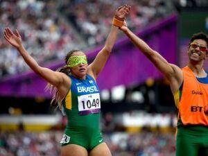 Terezinha Aparecida Guilhermina a maior medalhista da história é brasileira