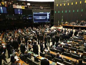 Câmara aprova em 2º turno PEC do teto de gastos públicos