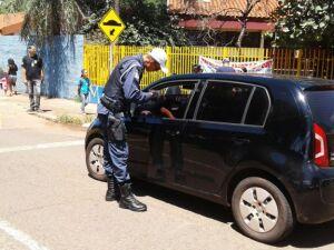 Guarda municipal e Detran iniciam campanha de conscientização no trânsito