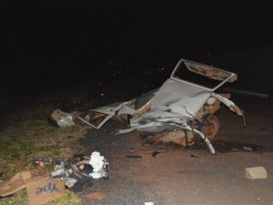 Colisão entre Hilux e Parati deixa quatro mortos e dois feridos na 436