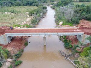 Uma das pontes construídas sobre o Rio Jogui, em Amambai. A estimativa é investir R$ 7,1 milhões nas travessias que ficam em diversas áreas do município.