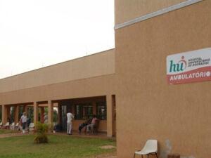 São oferecidas 21 vagas para médicos com salário de R$ 8 mil em processo seletivo