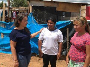 Prefeitura leva assistência e orientação às famílias atingidas pela chuva