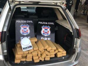 Droga apreendida durante mandados de busca e apreensão na região metropolitana de Cuiabá