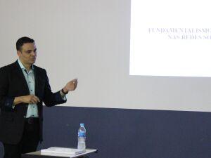 Alex Silva Messias defendeu dissertação
