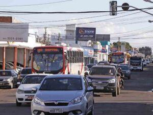 Avenida Bandeirantes deve ganhar faixa exclusiva e sete estações de ônibus
