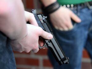 Governo Bolsonaro pretende anistiar 8 milhões de armas irregulares