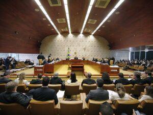 A sessão de ontem (13) foi dedicada às sustentações orais das partes contrária e a favor do tema
