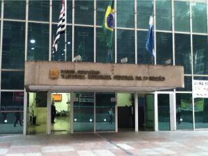 Ex-desembargador é condenado a 8 anos de prisão por propina de banco e perde 15 imóveis