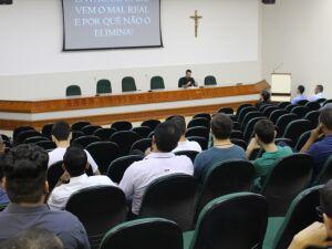 Evento foi realizado no anfiteatro da Biblioteca Pe. Félix Zavattaro
