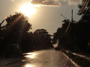 Dia quente e com previsão de chuva para esta quinta-feira em MS