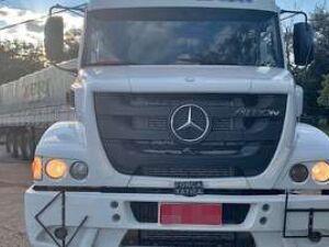 Polícia Militar recupera caminhão roubado nas Moreninhas