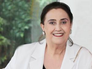 Academia de  Letras de MS aborda 'Crítica Literária' em  palestra com Ana Maria Bernardelli