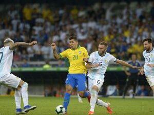 O Brasil, de Firmino levou a melhor sobre a Argentina de Messi