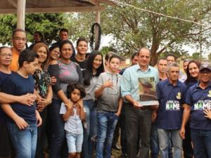 Prefeito Arlei na inauguração do Alvorada Malha Clube Antônio Silva.