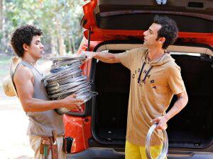 O ator de MS, Tero Queiroz a esquerda e o ator paulista Ladislau Kardos