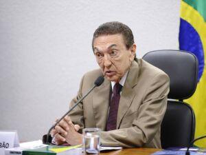 O ex-senador e ex-ministro Edison Lobão